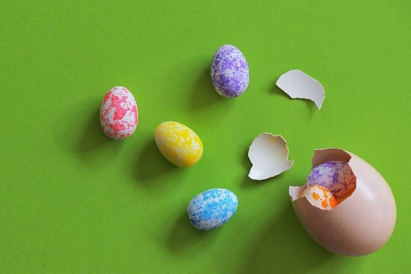 Egg breaking multiple