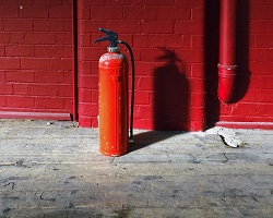 Fire extinguisher red 1