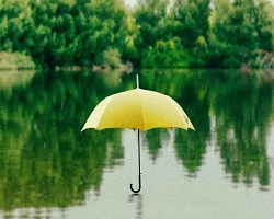 Yellow umbrella lake 1