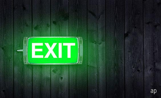 exit sign, Stephen Snowden, Kames Capital, Morningstar rating