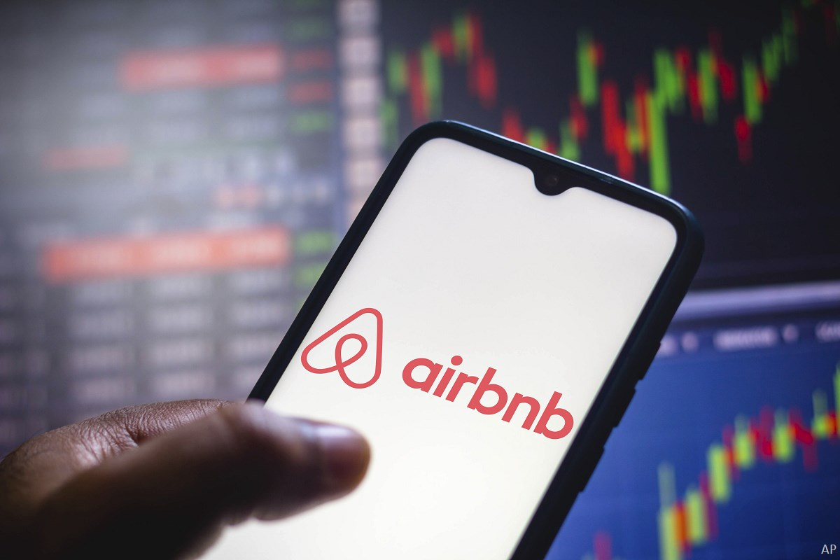 Airbnb app and stock info
