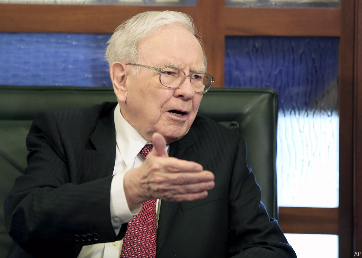 2 Canadian Stocks Buffett Sold