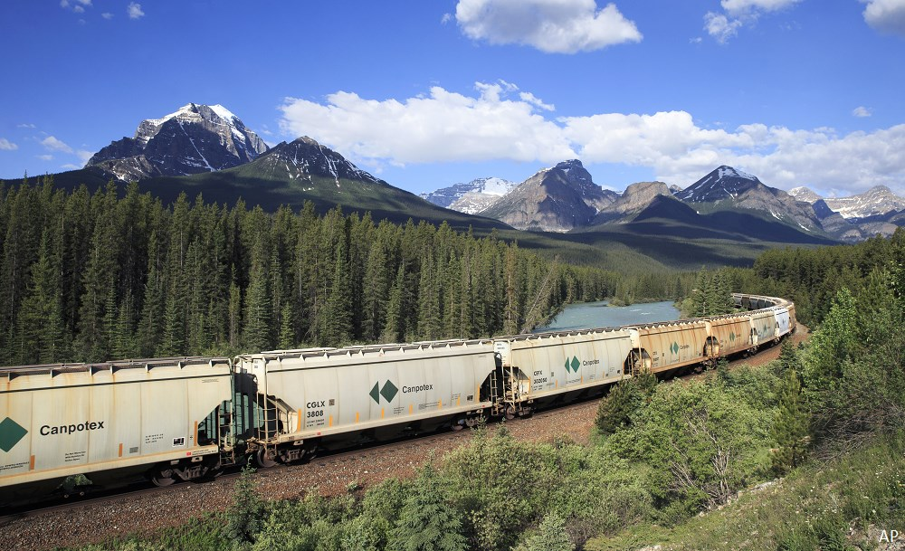 Canadian potash train in Alberta