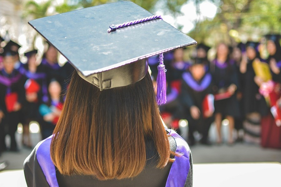 7 Pieces of Financial Advice for New Graduates