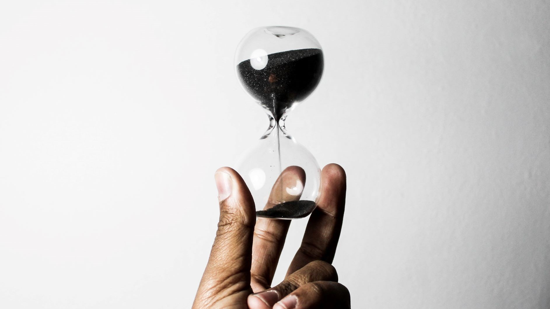 Hourglass in Hand