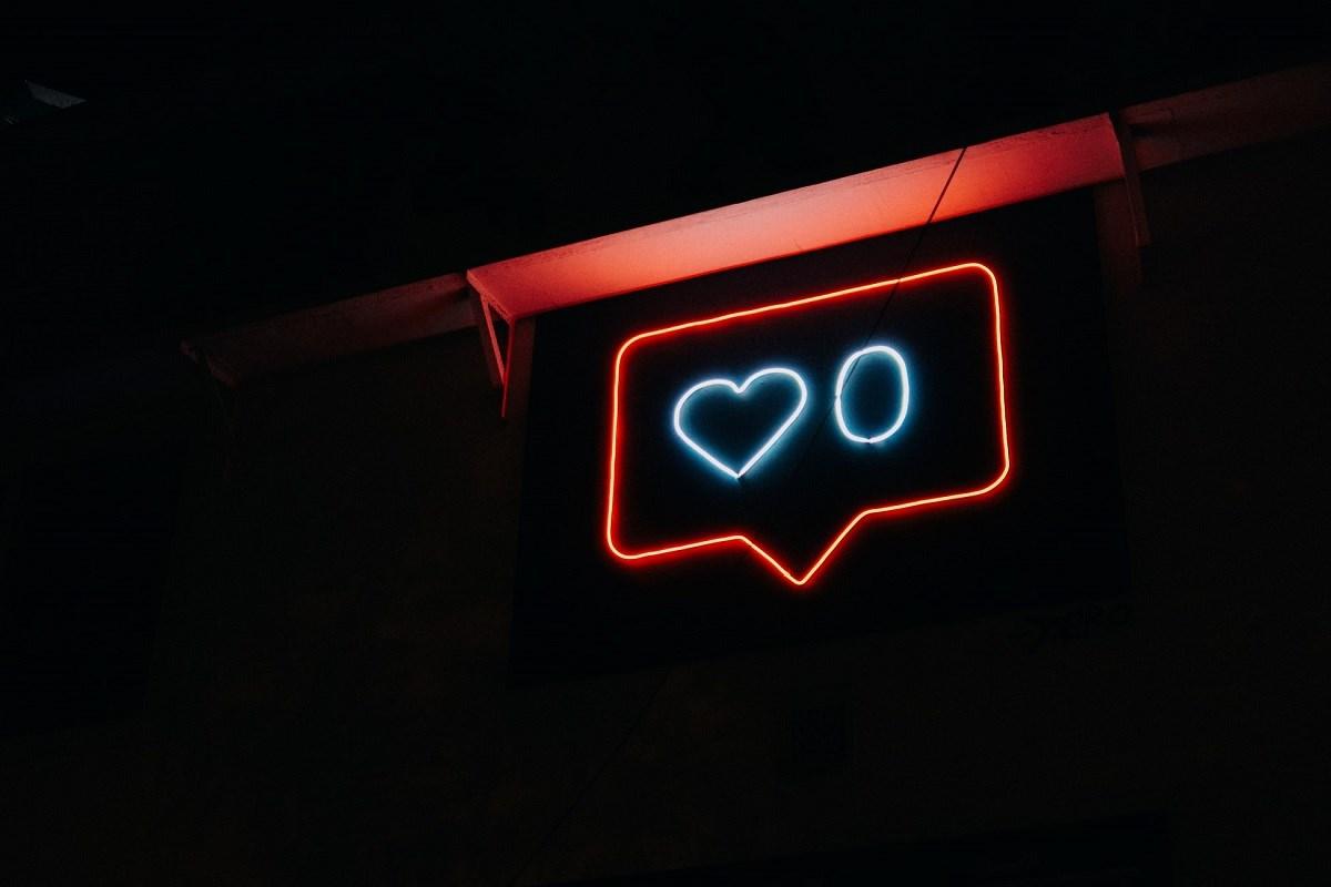 Neon sign illustrating social media