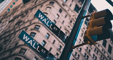 Wall Street investing 369x198