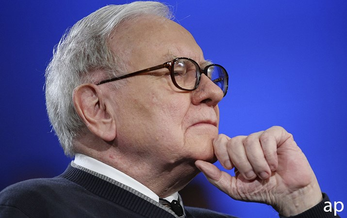 Warren Buffett wide