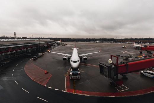 airplane in airport terminus