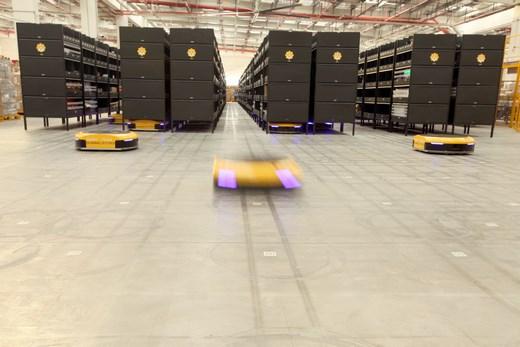 Ocado jd warehouse robots handling cfc AP 817020413596 520