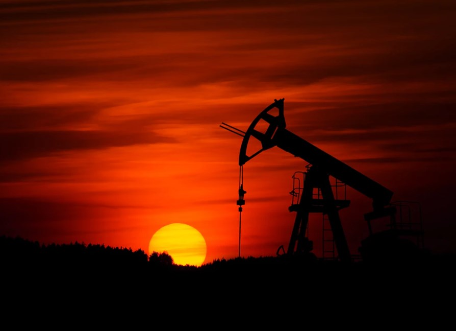 2 titoli petroliferi a 4 stelle