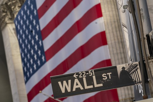 Wall street new york US flag AP 20273521755032 520
