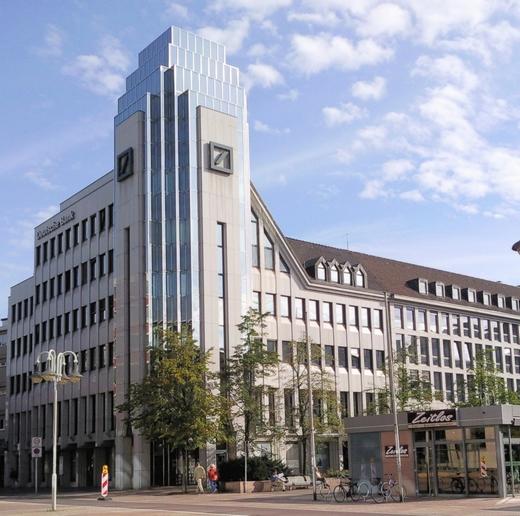 Deutschebank building 50084 520