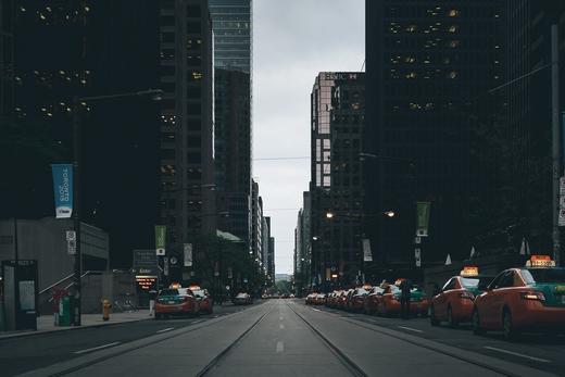 Taxis street scene 863440 520