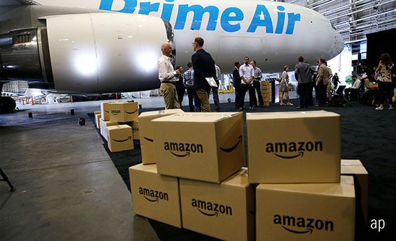 Amazon warehouse, Are Amazon' shares cheap or expensive?