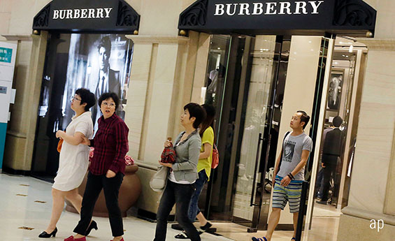 Burberry Shoppers in China