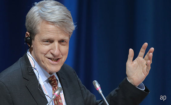 Professor Robert Shiller, stock market crash, recession, cyclically adjusted price/earnings ratio