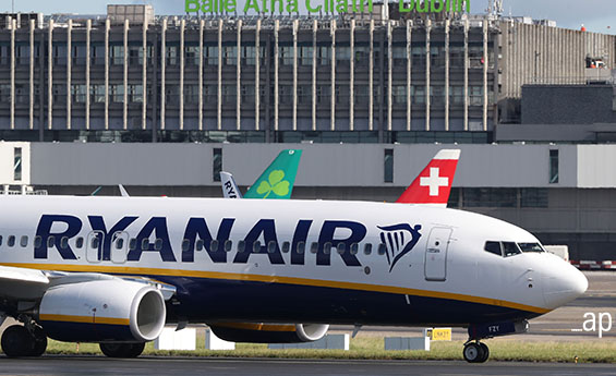 Ryanair, airline stocks, European equity, economic moat, competitive advantage, Relx